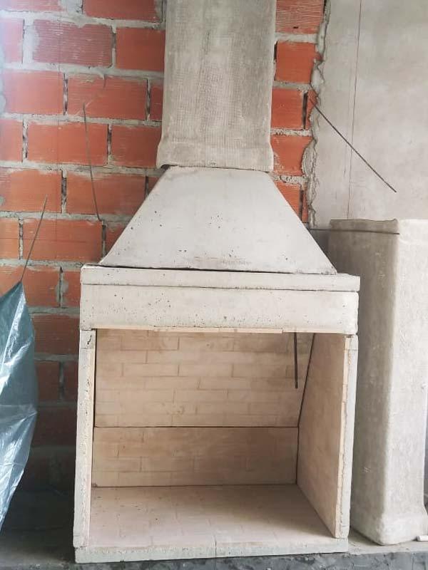 Pulmón para Hogar a Leña en instalación con su chimenea.